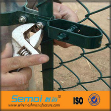 green chain link fence cage weave