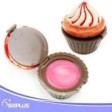 ice cream woman loves pink lip lightening cream