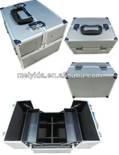 aluminum cosmetic case with plastic tray