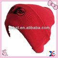hermoso sombrero rojo