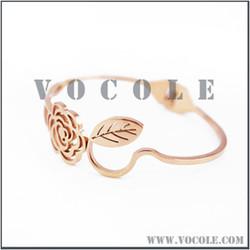 2013 elegant rose cutout golden adjust bracelet,steel bangle bracelet