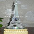 cristal de la torre eiffel modelo