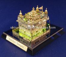 Various shape high quality k9 crystal golden temple model