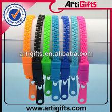 Fashion cheap wholesale plastic bracelet zipper