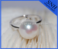 Simple stylish thin AAA top pearl silver plated pearl ring with zircons on the surface