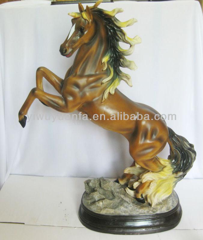 بيع عالية الجودة الساخنة 2013 تمثال الحصان الراتنج