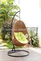 oscilación del jardín colgante de mimbre silla del huevo