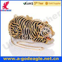 Exporters and manufacturers of zipper closure clutch bag_U0018-055