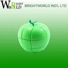 China factory new style plastic intellgent toy apple speed magic cube