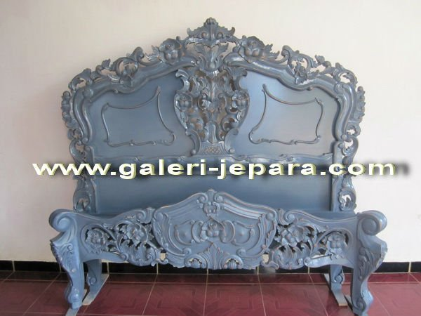 Antique French Rococo Bedroom Sets - Distressed Mahogany Rococo Bed