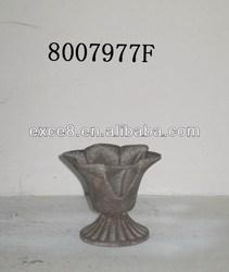Shabby vintage chic metal mini flower pots for garden decor