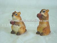 wooden gifts/crafts squirrel
