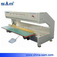 Circular blade moving pcb depaneling machine