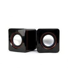 2014 portable outdoor speaker with battery light world wide usb Auxinput wireless microphone bluetooth mini speaker