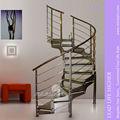 moderno de vidrio en interiores escaleras circulares
