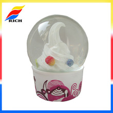 promotion gift souvenir 100mm snow globe