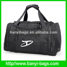 quality 600D polyester black travelling duffle bag for mens