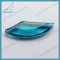 عدم انتظام الجملة فضفاضة الأحجار الكريمة والزجاج الأزرق شكل الأحجار الكريمة الاصطناعية