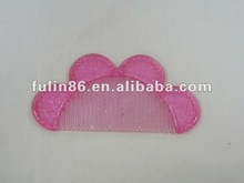 Provide fashion flower forms flat surface comb