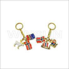 2013 Customized metal keychain Zinc alloy keychain