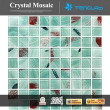 Surpresa interior decorativa colorida da telha de mosaico