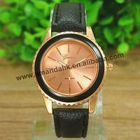 100pcs/lot Stylish Famous Brand GENEVA Watch Genuine Leather Strap Men Business Watch Trendy Black Women Quartz Watch