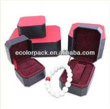 Plastic+ Velvet Jewelry Case