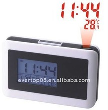 DIGITAL ALARM CLOCK WITH PROJECTING TIME ET602