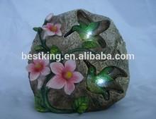 polyresin hummingbird stone solar light
