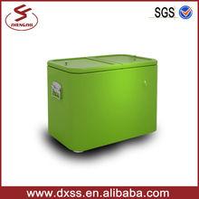 Large beverage ice chest transportation car cooler