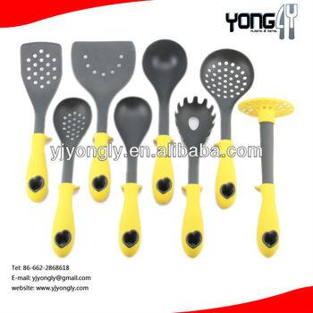 self standing nylon kitchen utensils
