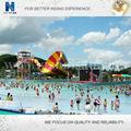 onda de agua de la piscina del parque de equipos