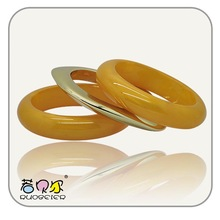 Bulk fashionable jewerly bracelets,charming resin buttons for gifts