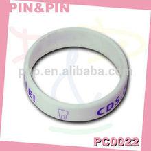 customized silicone printed purple logo white eco-friendly bracelet