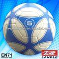 Máquina bola de futebol costuradas fábrica