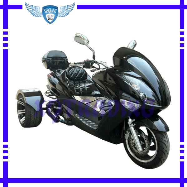 Scooter 300-EC de la CEE 300CC Trike