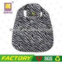 Fashion foldable nylon laundry bag with zipper