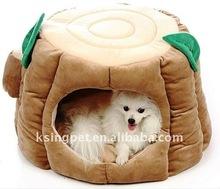 Stump pet house