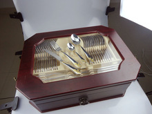 high quality gold-plating stainless steel 72pcs cutlery set with wooden box