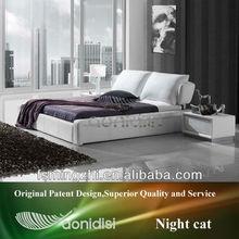 wooden bed AY179