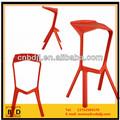 China por mayor de colores moderno sólido estilo simple elegante barra de plástico taburete piezas de zapatos de tacón alto silla