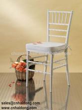 USA Style White Wooden Silla Tiffany Chair, Chiavari Chair with White Cushion