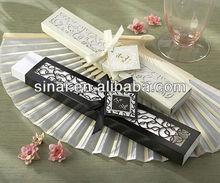 Popular Factory Price Wedding Fan / Beautiful Wedding Souvenir Gift / Luxury Personalized SilK Fan Wedding Gift