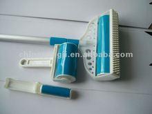 Brush sticky lint roller