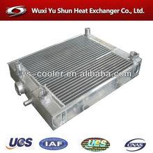 Les pièces de rechange automobiles haute performance de réservoir radiateur / eau refroidisseur / aluminium échangeur de chaleur à plaques