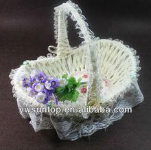 High quality delicate wicker wedding flower girl basket decoration