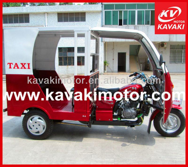 BAJAJ style motor taxi/ three wheel motorcycle