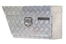 CHECKER PLATE ALUMINIUM TOOL BOX