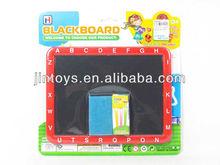 Papelería del niño del juguete de plástico rojo pizarra con tiza y borrador