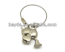Personality shaped metal key ring for promotion
